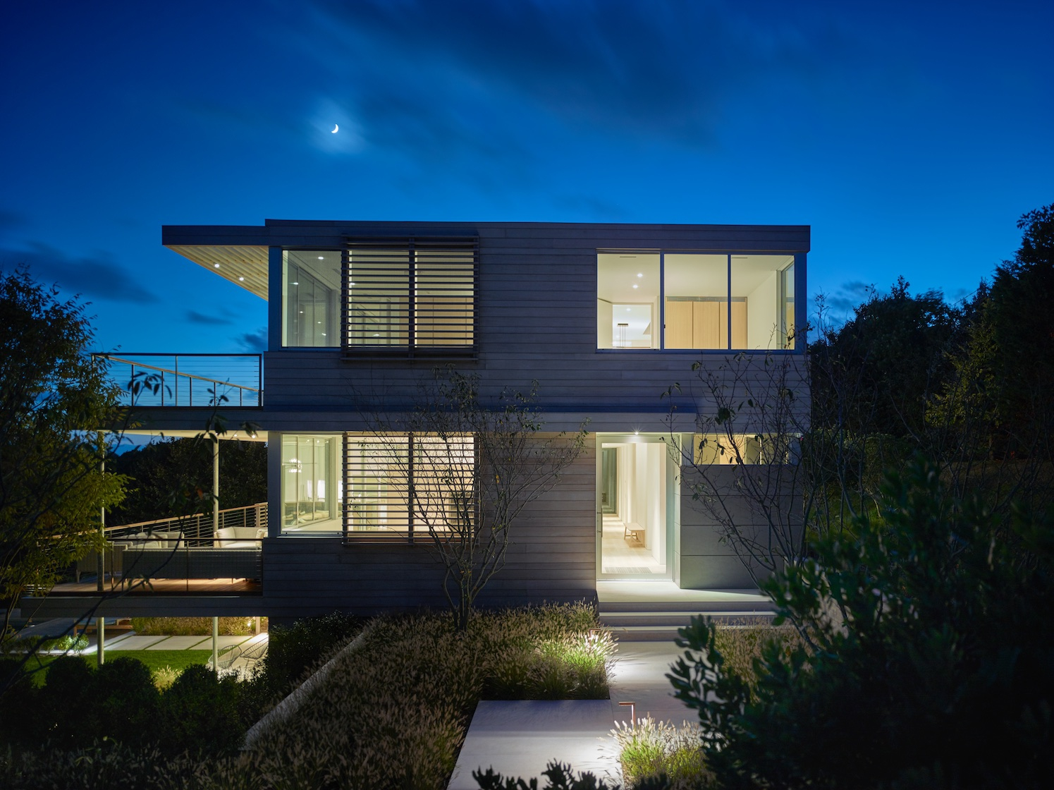 SLR Architects Amagansett Modern Residence Entry