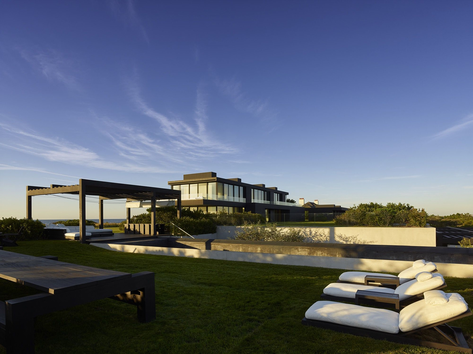 pool, landscape, sky, oceanfront, luxury