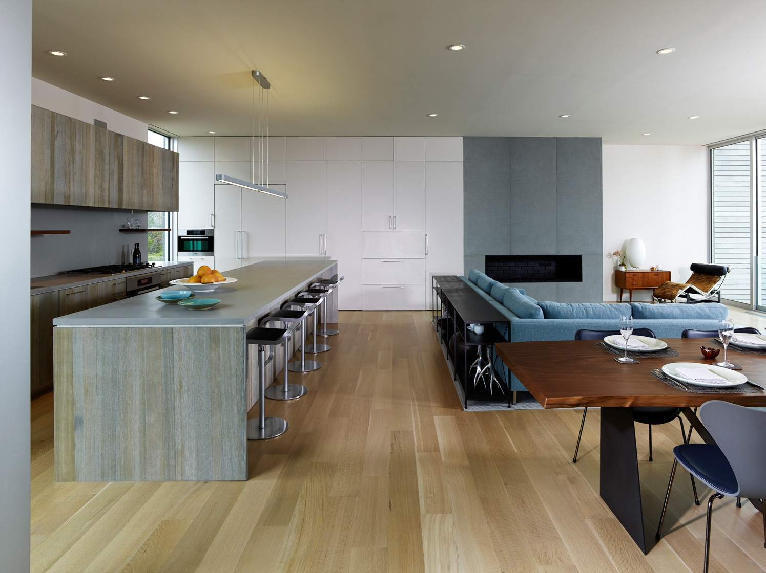 Water Mill, NY modern house kitchen