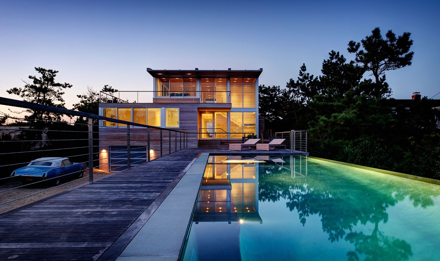 Water Mill, NY Seaside modern vanishing edge pool